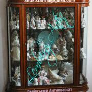 Колекція порцелянових фігурок