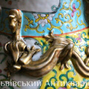 Продам старинную Китайскую вазу